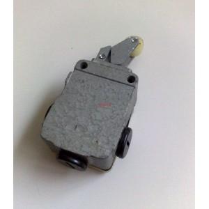 Краен изключвател S871 380V AC 2.5A AC11 IP54